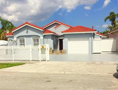 Miami-Dade County Single Family Home For Sale: 973 NW 133rd Ct