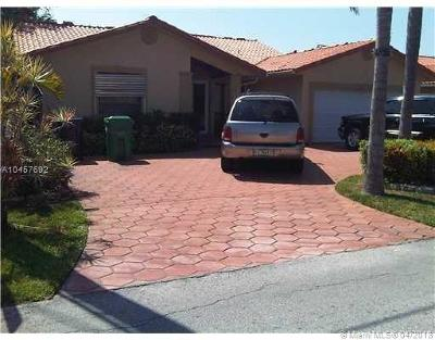 Miami Single Family Home For Sale: 2720 SW 114th Ave