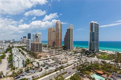 Miami-Dade County Condo For Sale: 210 174th St #2210