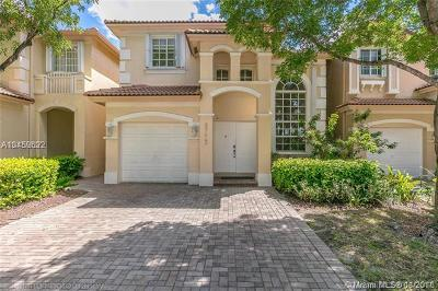 Doral Single Family Home For Sale: 6773 NW 107th Pl