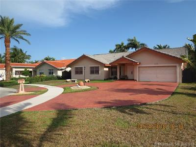 Miami Single Family Home For Sale: 14398 SW 37th St
