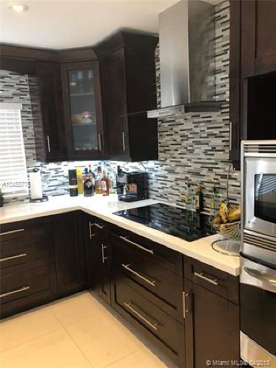 Miami-Dade County Single Family Home For Sale: 20412 NW 43rd Ct