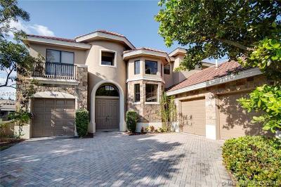 Wellington Single Family Home For Sale: 10525 Vignon Ct