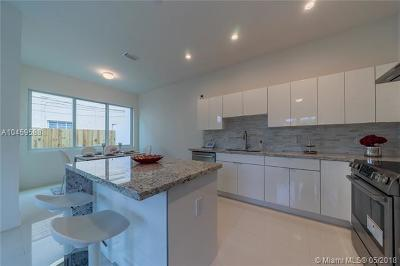 Coconut Grove FL Condo For Sale: $655,000