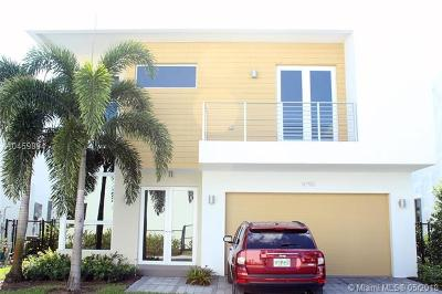 Doral Single Family Home For Sale: 9790 NW 74th Ter