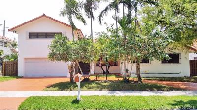 Palmetto Bay Single Family Home For Sale: 8910 SW 159th Ter
