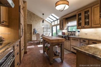 Deerfield Beach Single Family Home For Sale: 2851 Via Venezia