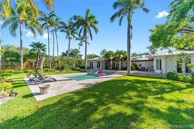 Key Biscayne Single Family Home For Sale: 980 Mariner Dr