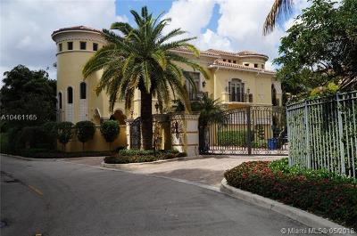 Aventura Single Family Home For Sale: 1530 Island Blvd