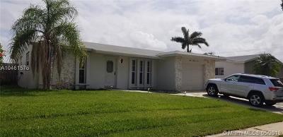 Dania Beach Single Family Home For Sale: 304 SE 4th St