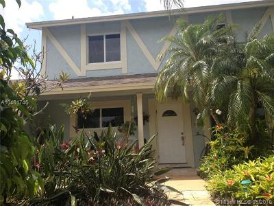 Davie Single Family Home For Sale: 5700 SW 47th St