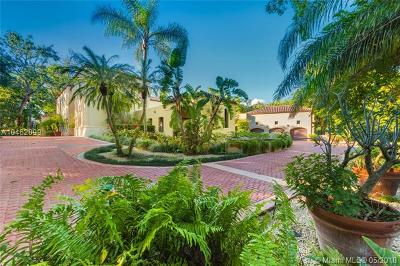 Coral Gables Single Family Home For Sale: 9400 Old Cutler Ln