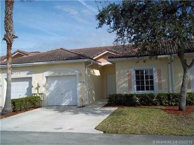 Deerfield Beach Single Family Home For Sale: 4713 SW 13th Ct
