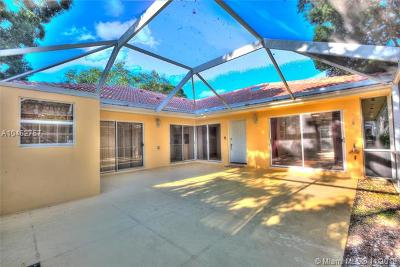 Palm Beach Gardens Condo For Sale: 9108 Sun Terrace Cir #D