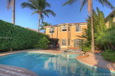 Sunny Isles Single Family Home For Sale: 19452 38th Ct