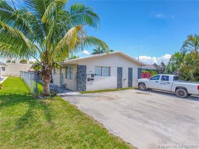 Dania Beach Multi Family Home For Sale: 225 SE Park St