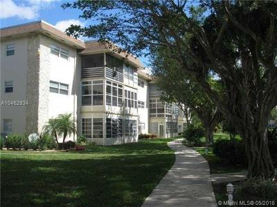 Lauderdale Lakes Condo For Sale: 5102 NW 36th St #406