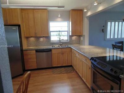 Cooper City Condo For Sale: 5100 SW 90th Ave #401