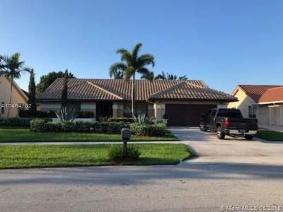 Boynton Beach Single Family Home For Sale: 9553 Majestic Way