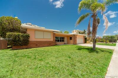 North Miami Single Family Home For Sale: 2145 Arch Creek Dr