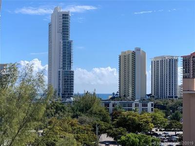 Sunny Isles Beach Condo For Sale: 17600 N Bay Rd #N804