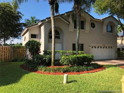 Cooper City Single Family Home For Sale: 11200 Rocking Horse Rd