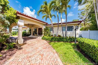 Key Biscayne Single Family Home For Sale: 217 Buttonwood Dr