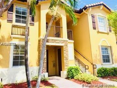Cutler Bay Condo For Sale: 9257 SW 227 St #26