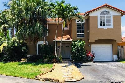 Doral Single Family Home For Sale: 9771 NW 57th Ter