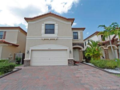 Doral Single Family Home For Sale: 10023 NW 89th Ter