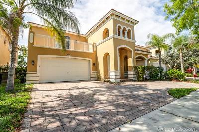 Cutler Bay Single Family Home For Sale: 9024 SW 206th St