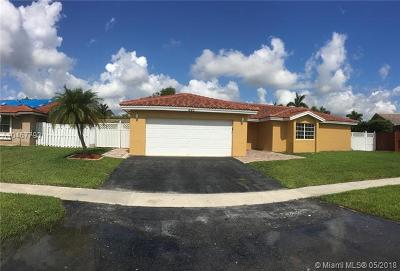 Weston Single Family Home For Sale: 525 SW 168th Way