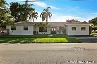 Hollywood Single Family Home For Sale: 1110 S 14th Ave