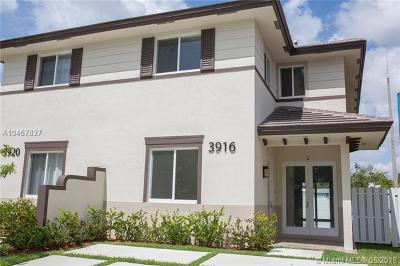 Single Family Home For Sale: 3916 SW 69 Ave