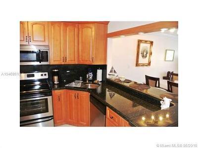 Miami Beach Condo For Sale: 7801 W Abbott Ave. #507