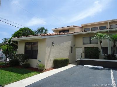 Boca Raton Condo For Sale: 361 W Camino Real #10