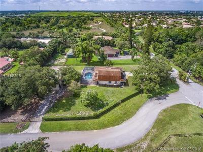 Davie Single Family Home For Sale: 3100 SW 148th Ave