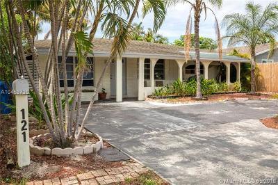 Oakland Park Single Family Home For Sale: 121 NE 49th St