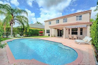 Weston Single Family Home For Sale: 947 Lavender Cir