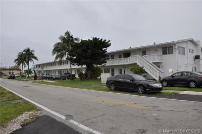 Miami Condo For Sale: 122 NE 204th St #22-L