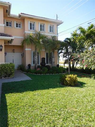 Miami Single Family Home For Sale: 2602 SW 144th Pl