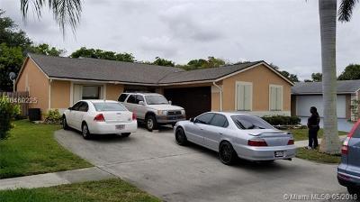 Boynton Beach Single Family Home Active With Contract: 7360 S Willow Springs Cir S