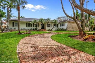 Pinecrest Single Family Home For Sale: 5891 SW 132nd Ter