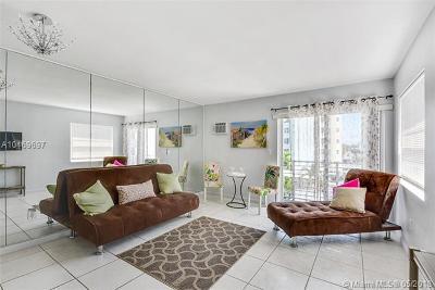 Miami Beach Condo For Sale: 1441 Lincoln Rd #417