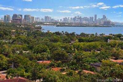 Coral Gables Condo For Sale: 60 Edgewater Dr #14A