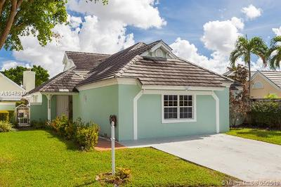 Doral Single Family Home For Sale: 4741 NW 99th Ct