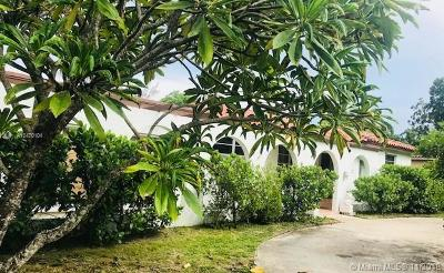 Miami Springs Single Family Home For Sale: 77 Lenape Dr