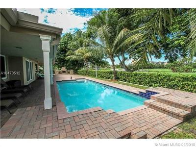 Hallandale Single Family Home For Sale: 1011 Diplomat Pkwy