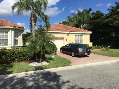 Delray Beach Single Family Home For Sale: 15550 Fiorenza Cir