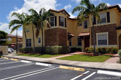 Cutler Bay Condo For Sale: 9209 SW 227th St #1